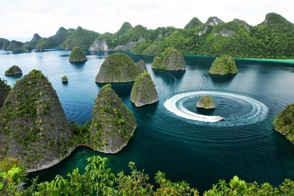 Wayag Island